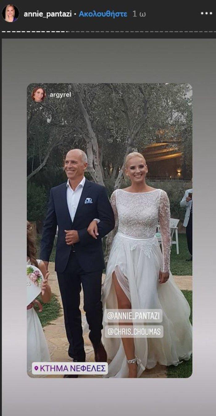 Υπέροχη νύφη η Άννη Πανταζή: Με στολισμένα στεφάνια ρυθμικής τα παρανυφάκια