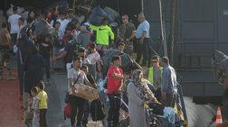 "Spiegel: ""Η προσφυγική συμφωνία κρέμεται σε μια λεπτή κλωστή"""
