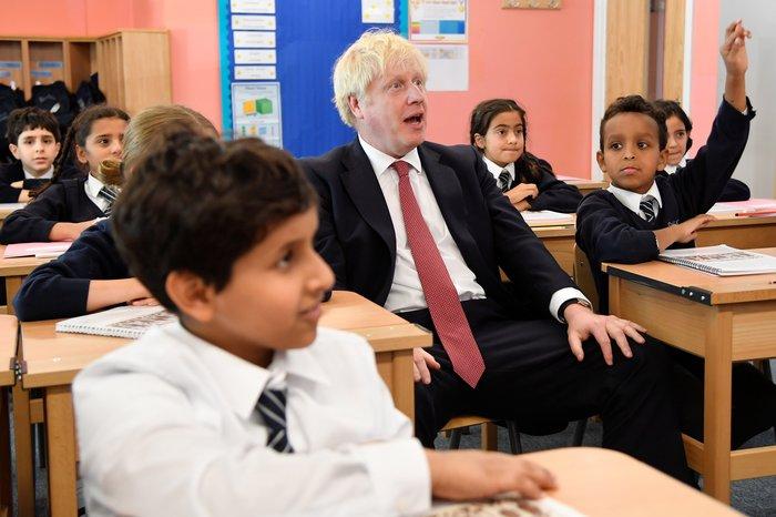 Τζόνσον σε μαθητές: Θα πετύχω μια συμφωνία για Brexit στις 31 Οκτωβρίου