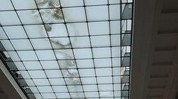 Μούχλα στην αίθουσα των γλυπτών του Παρθενώνα - αντίδραση ΥΠΠΟ