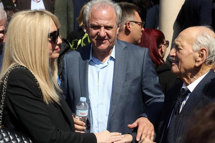Τα μηνύματα των πολιτικών για τον θάνατο του Αντώνη Λιβάνη