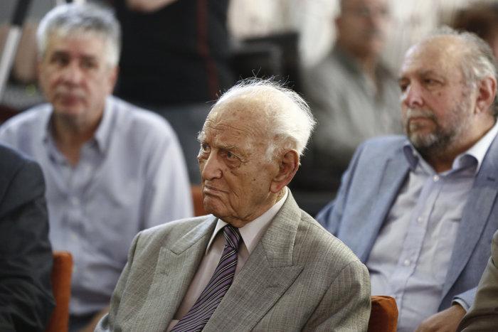 Ο Αντώνης Λιβάνης για τον θάνατο του Ανδρέα Παπανδρέου - εικόνα 3