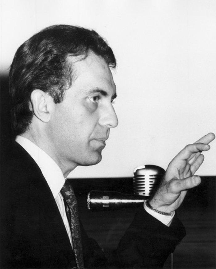 Γκρέγκορι Μακρόπουλος