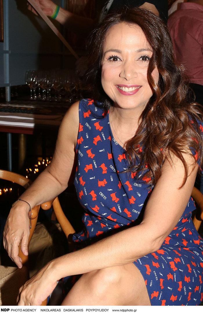 Χριστίνα Αλεξανιάν: Το υπέροχο ρομαντικό φόρεμα και οι πριγκιπικές γόβες - εικόνα 2