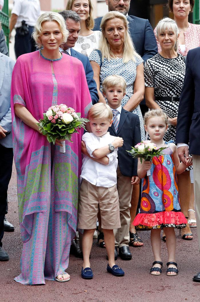 Πρώτη μέρα σχολείο για τα δίδυμα πριγκιπόπουλα του Μονακό [Εικόνες] - εικόνα 2
