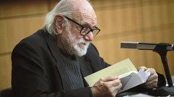 Πέθανε ο Νάνος Βαλαωρίτης, μια μορφή των ελληνικών γραμμάτων