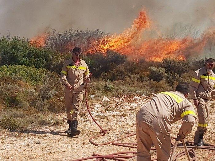Ζάκυνθος: Εκτός ελέγχου η φωτιά - Εκκενώνονται τα χωριά Αγαλάς και Κερί - εικόνα 3