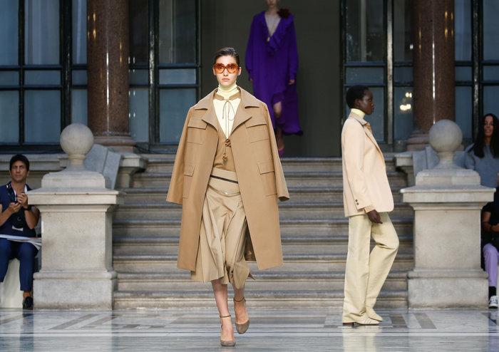 Χάρπερ Μπέκαμ: Fashionista ετών 8 - Την έντυσαν μικρογραφία μοντέλου - εικόνα 8