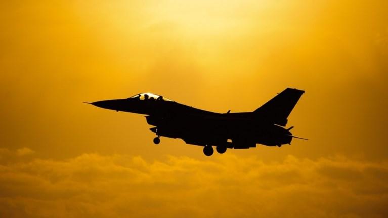 suntribi-f-16-sti-gallia-diaswthikan-oi-pilotoi