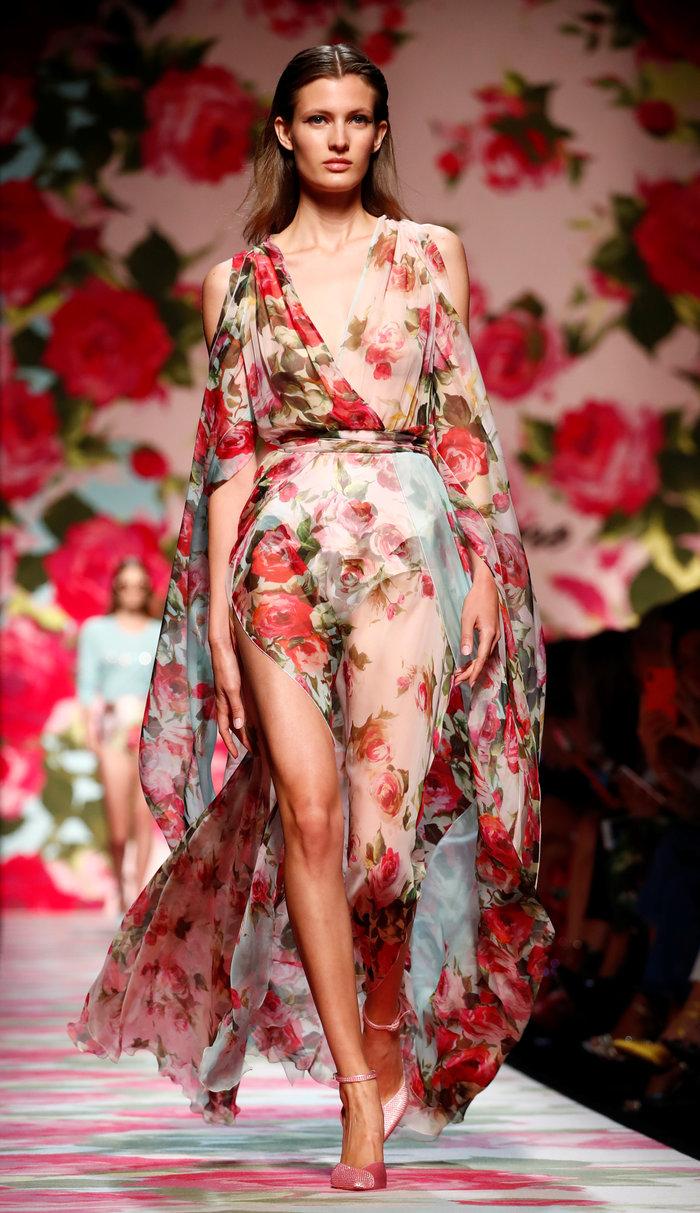 Φλοράλ για πάντα: Όλα τα λουλούδια στην Εβδομάδα μόδας του Μιλάνου