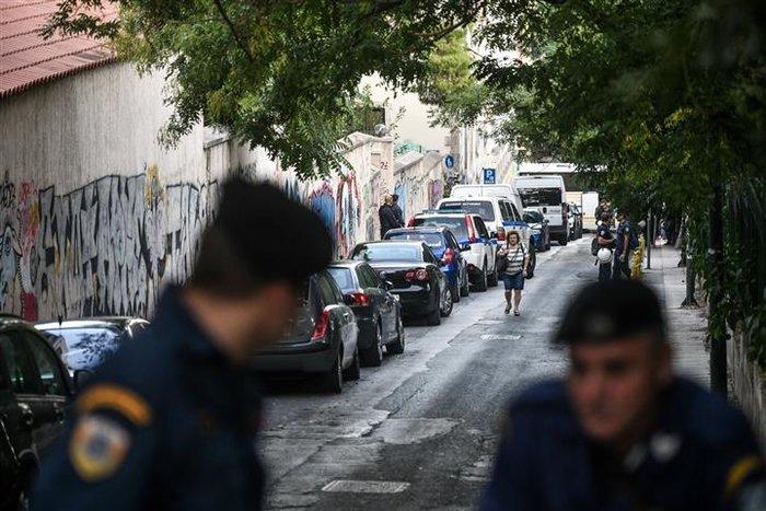 Νέα επιχείρηση της Αστυνομίας σε υπό κατάληψη κτίριο (pics&vid) - εικόνα 5