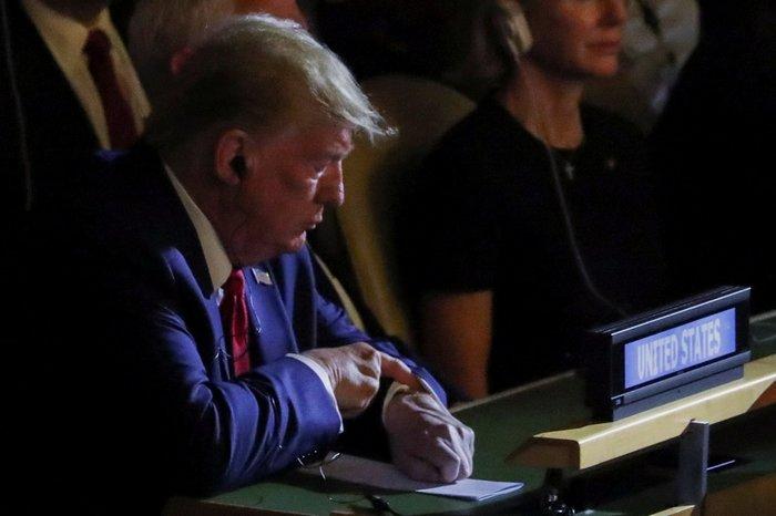 ΟΗΕ: Αιφνίδια ολιγόλεπτη εμφάνιση του Τραμπ