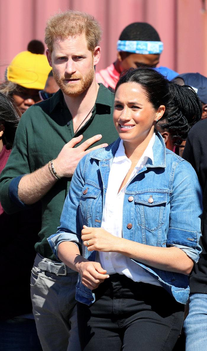 Η Μέγκαν με casual chic look στη βασιλική περιοδεία [Εικόνες] - εικόνα 5