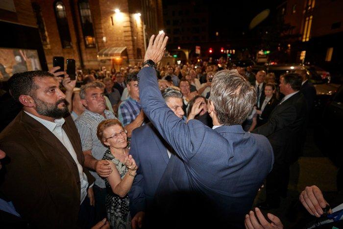 Μητσοτάκης στην Αστόρια: Από το 2023 θα ψηφίζετε στον τόπο διαμονής σας - εικόνα 2