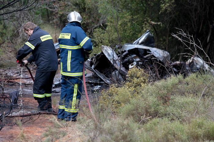 Φωτιά στο Κρυονέρι - εντοπίστηκε νεκρός σε ΙΧ - εικόνα 4