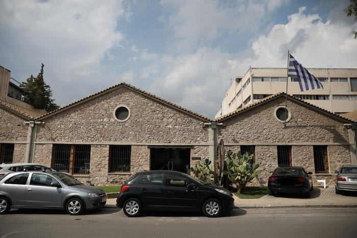 Παρέμβαση Ρουβίκωνα στα κεντρικά γραφεία της Jumbo