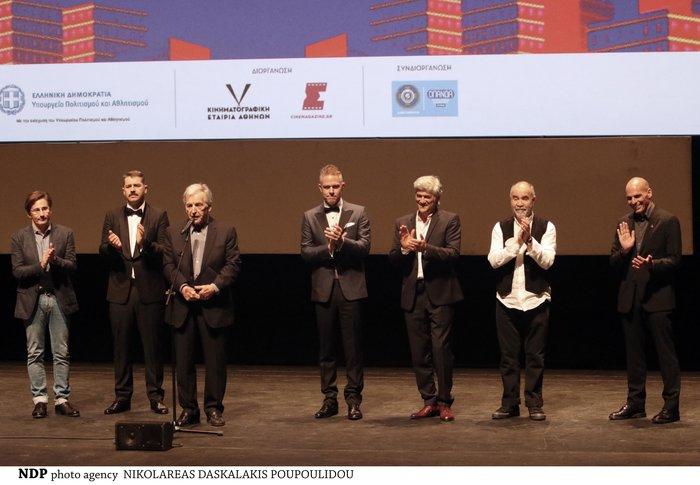 Η πρεμιέρα της ταινίας και το βραβείο για τον Κώστα Γαβρά - εικόνα 2