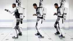 Παράλυτος άνδρας περπατά ξανά με ρομποτικό εξωσκελετό