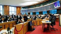Γαλλία: Η απόρριψη της Γκουλάρ συνιστά θεσμική κρίση στην ΕΕ