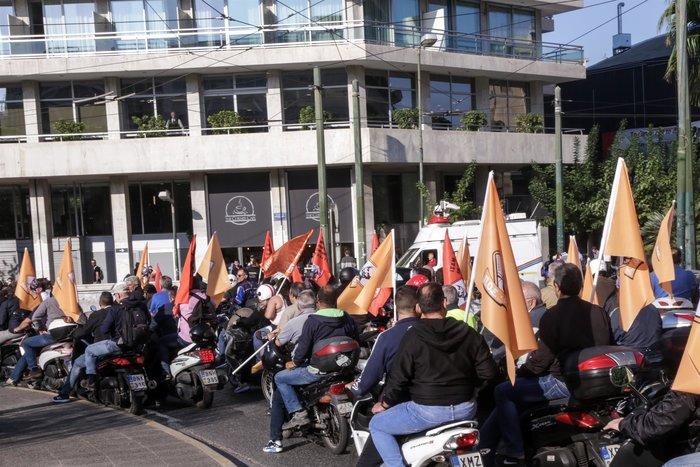 ΠΟΕ-ΟΤΑ: Κλιμάκωση κινητοποιήσεων με μηχανοκίνητη πορεία - εικόνα 2
