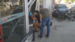 Εξαρθρώθηκε η σπείρα που μπούκαρε με κλεμμένα αυτοκίνητα σε μαγαζιά