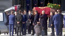franko-i-ispania-entafiazei-ena-algeino-kommati-tis-istorias-tis