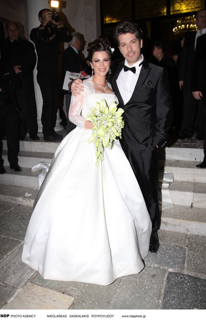 Όταν ο Χάρης παντρεύτηκε την μελαχρινή Αντελίνα: Δείτε τους ως γαμπρό -νύφη
