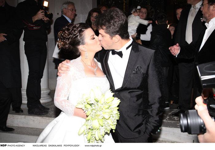 Όταν ο Χάρης παντρεύτηκε την μελαχρινή Αντελίνα: Δείτε τους ως γαμπρό -νύφη - εικόνα 3