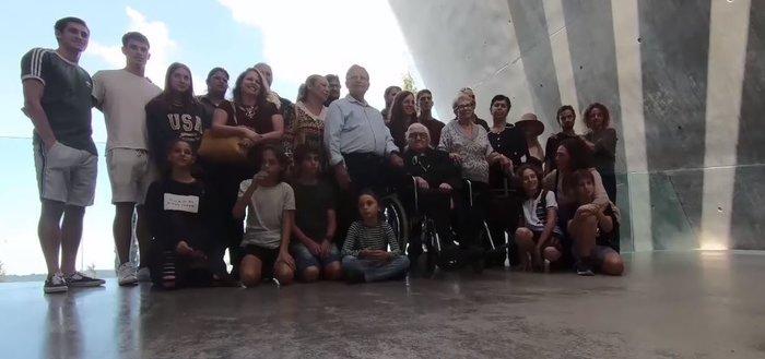 Μελπομένη Ντίνα: Η 92χρονη συνάντησε τους Εβραίους που έσωσε από τους Ναζί - εικόνα 3