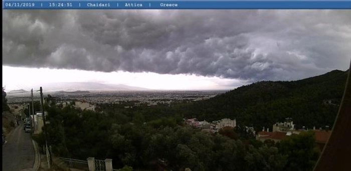 Meteo: Εντυπωσιακές εικόνες του self cloud πάνω από την Αττική - εικόνα 3
