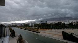 Ισχυρές καταιγίδες και συννεφιά σε όλη την Ελλάδα