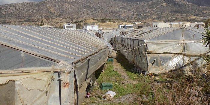 Mεγάλες ζημιές από ανεμοστρόβιλο στην Κρήτη