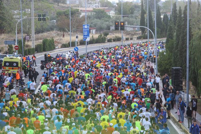 Μεγάλη συμμετοχή στον 37ο Αυθεντικό Μαραθώνιο - ποιοι δρόμοι είναι κλειστοί - εικόνα 8