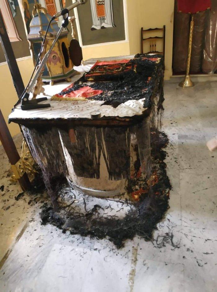 Βεβήλωση ναού στη Χίο: Άγνωστοι έκαψαν την Αγία Τράπεζα