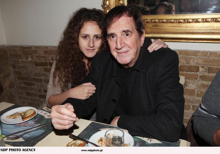 Γιώργος Κωνσταντίνου: Για πρώτη φορά παίζει στο θέατρο με την κόρη του Αννα - εικόνα 5
