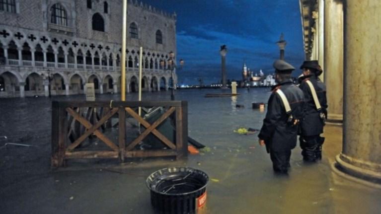 Δήμαρχος Βενετίας: Εκατοντάδες εκατ. οι ζημιές από τις πλημμύρες