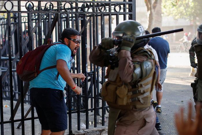 Χάους συνέχεια στη Χιλή - Στους 22 οι νεκροί (φωτό) - εικόνα 2