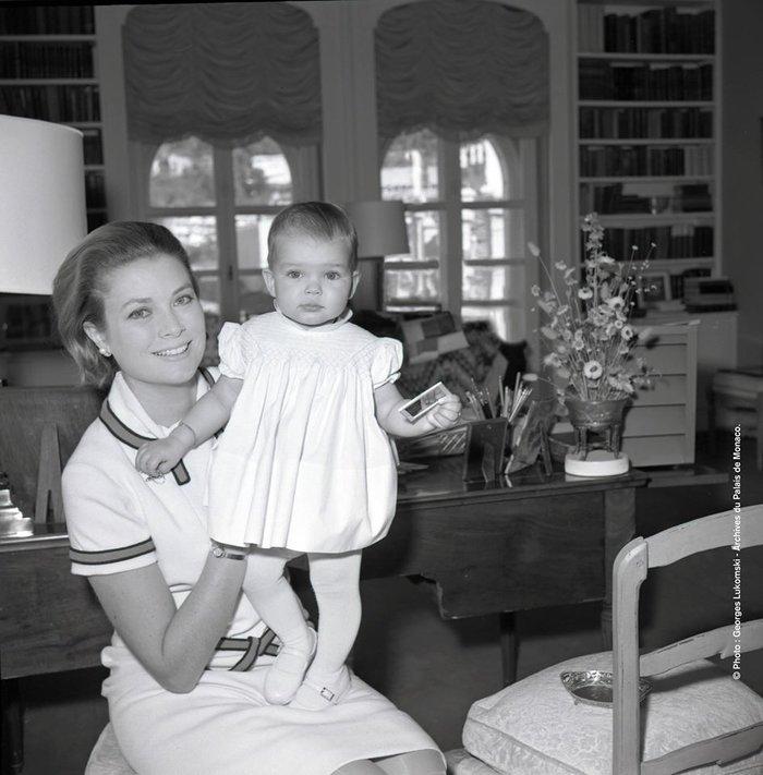 Το παλάτι τιμά την Γκρέις Κέλι με δέκα σπάνιες φωτογραφίες - εικόνα 8