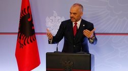 Kλιμακώνεται η πολύμηνη πολιτική κρίση στην Αλβανία