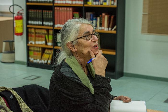 Η Ιωάννα Καρυστιάνη σε μια σπάνια αφήγηση για το Πολυτεχνείο - εικόνα 3