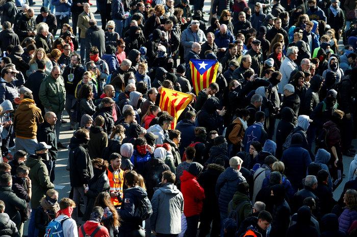 Νέα συγκέντρωση υπέρ της ανεξαρτησίας στη Βαρκελώνη - εικόνα 2