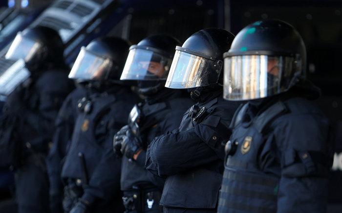 Νέα συγκέντρωση υπέρ της ανεξαρτησίας στη Βαρκελώνη - εικόνα 5