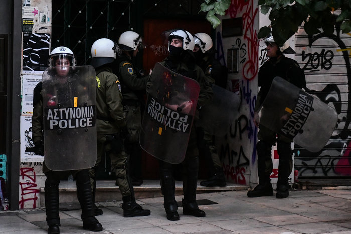 Πολυτεχνείο: Επτά συλλήψεις στα Εξάρχεια από την ΕΛΑΣ (φωτό) - εικόνα 3