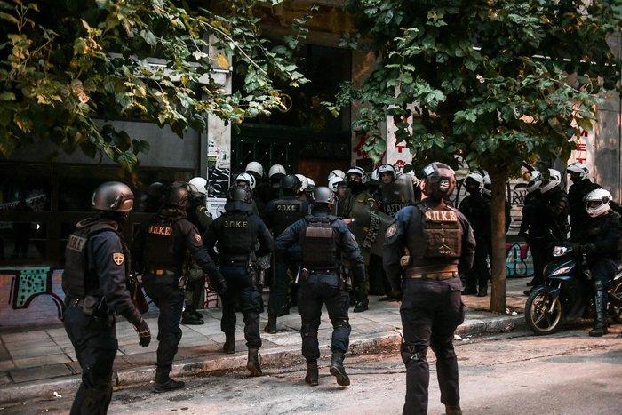Πολυτεχνείο: Επτά συλλήψεις στα Εξάρχεια από την ΕΛΑΣ (φωτό) - εικόνα 2