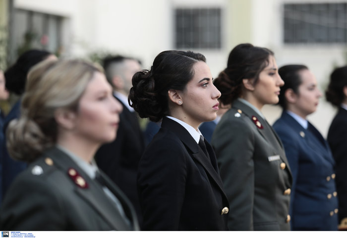 Ορκίστηκαν οι γυναίκες αξιωματικοί των Ενόπλων Δυνάμεων (φωτό)