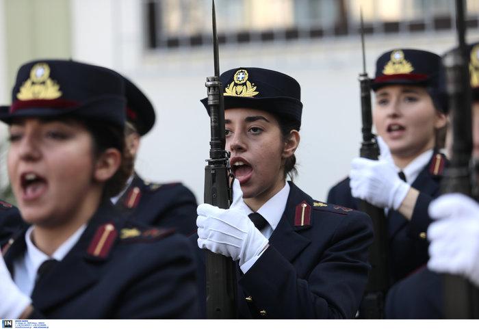 Ορκίστηκαν οι γυναίκες αξιωματικοί των Ενόπλων Δυνάμεων (φωτό) - εικόνα 6