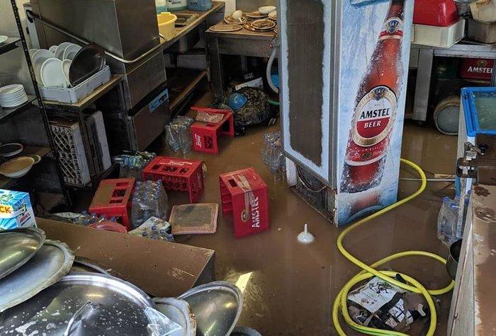 Εικόνες καταστροφής σε Χαλκιδική και Ηλεία από τις πλημμύρες - εικόνα 9