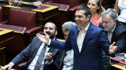 trolaroun-ton-tsipra-gia-ti-nea-gkafa-me-ta-mathimatika