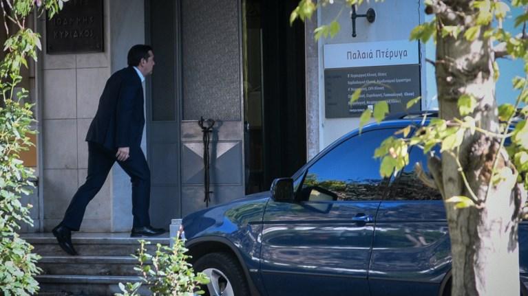 o-aleksis-tsipras-episkeftike-ton-manwli-glezo-sto-nosokomeio