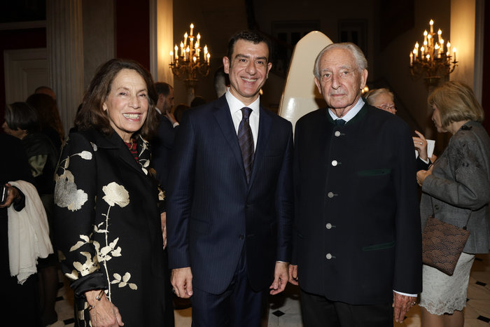 Μαρίνα Καρέλλα, Γιώργος Αρχιμανδρίτης, Μιχαήλ της Ελλάδος